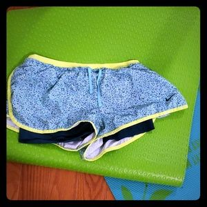 Nike shorts with pockets